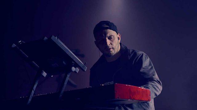 bohater-live-looping-piano